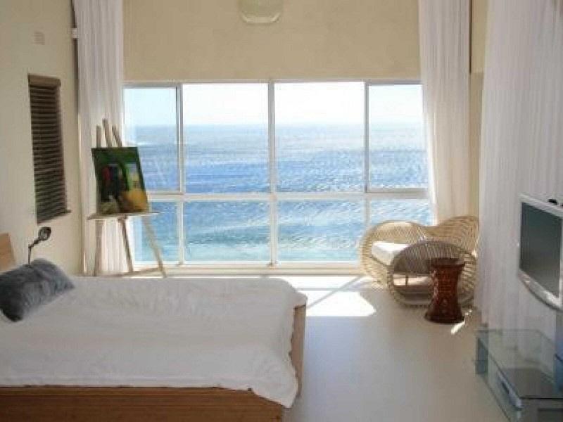 Schönes Zimmer mit Meerblick
