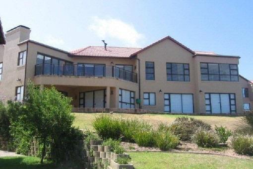 Wunderschönes Anwesen mit Meerblick in Mossel Bay
