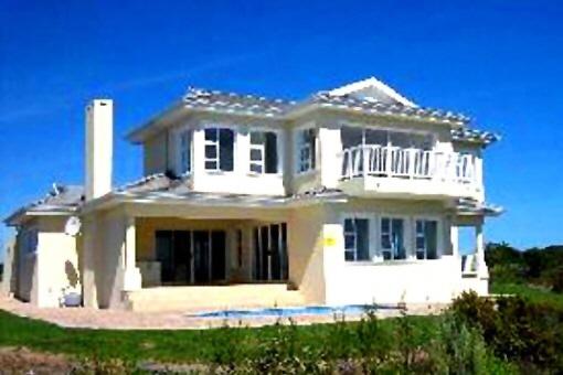 Gepflegtes Haus in attraktiver Lage in Plettenberg Bay