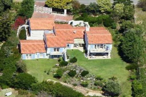 Große Villa mit viel Freiraum