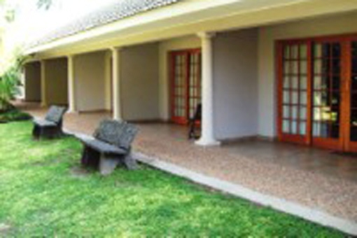 B&B with Spa and the perfect opportunity to start your business in South Africa or enjoy your family life